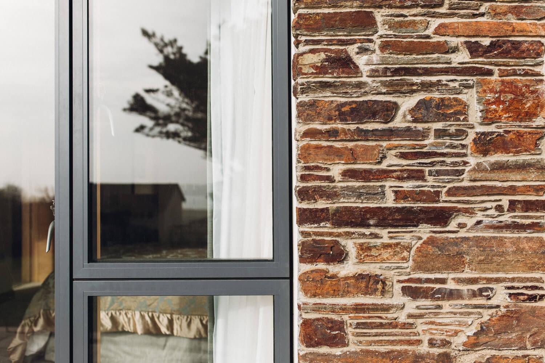 summerstrand idealcombi futuraplus sliding door side hung fixed window 1500x1000 Ideal Combi Døre og vinduer